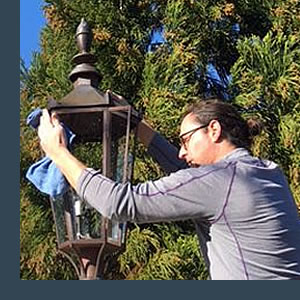 We Clean Outdoor Lamps Too!